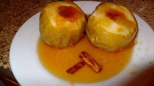 Manzanas Al Horno Con Relleno De Durazno