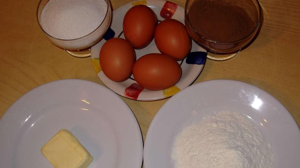 ingredientes bizcochuelo de chocolate
