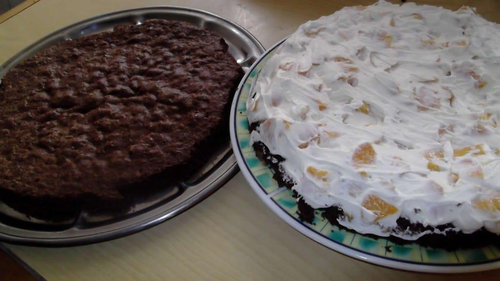 torta de duraznos y chocolate